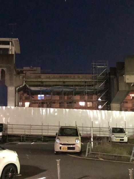 桃花台線の桃花台東駅撤去工事(2019年11月14日):反対側の高架も撤去開始 - 2