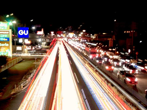 iPhoneアプリ「Lightmatic」で撮影した国道19号を走る光の軌跡(三脚使用)- 3