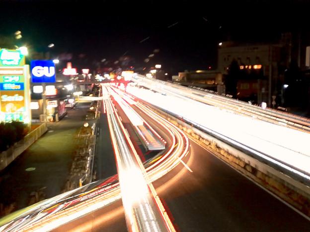 iPhoneアプリ「Lightmatic」で撮影した国道19号を走る光の軌跡(三脚使用)- 6
