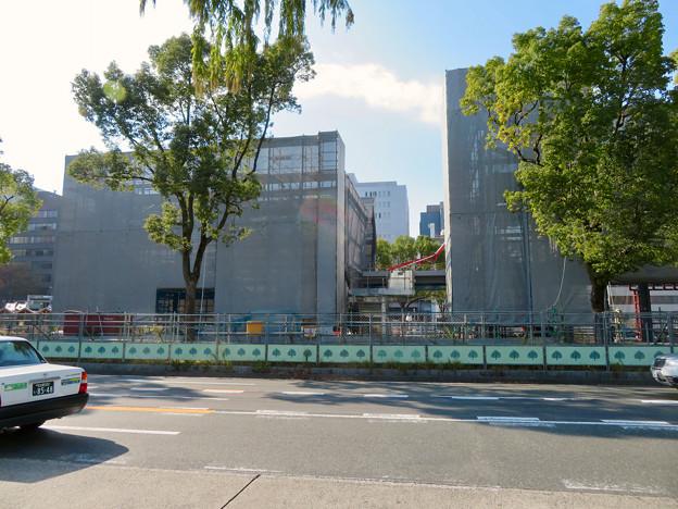 リニューアル工事中の久屋大通公園(2019年11月16日)- 1:建設中の建物