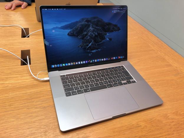 先日発表されたばかりのMacbook Pro 16 No - 5