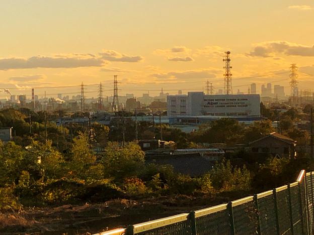 春日井の坂の上から見えた名駅ビル群 - 1