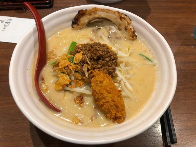 田所商店:広島味噌ラーメン(炙りチャーシュー1枚トッピング)