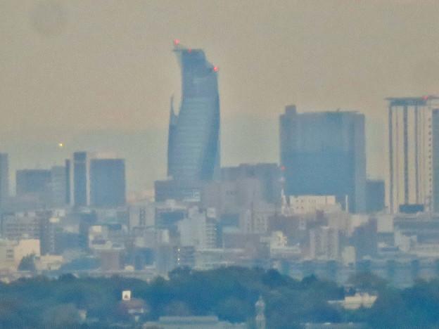 定光寺展望台から見た景色(2019年11月) - 12:スパイラルタワーズ