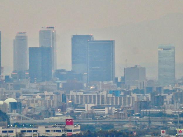 定光寺展望台から見た景色(2019年11月) - 13:名駅ビル群