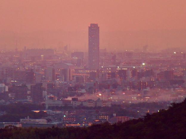定光寺展望台から見た夕暮れ時の景色 No - 17:ザ・シーン城北