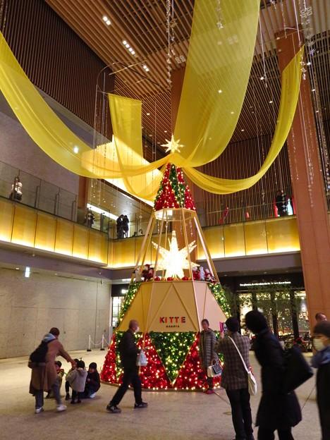 KITTE名古屋のクリスマスツリー 2019 No - 1