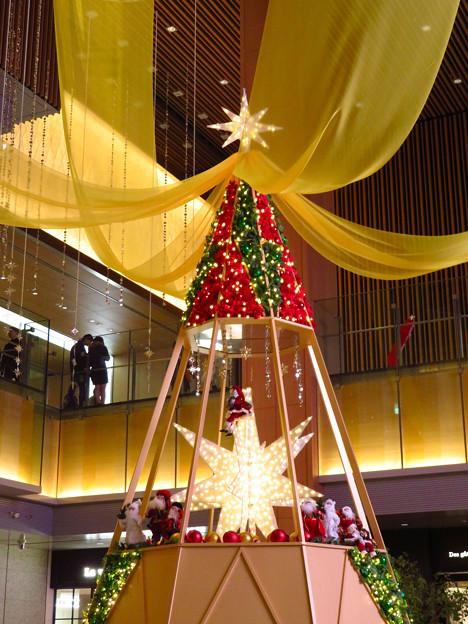 KITTE名古屋のクリスマスツリー 2019 No - 3
