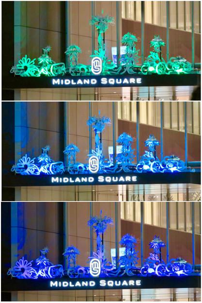 色が変わるミッドランドスクエア入り口のイルミネーション - 5