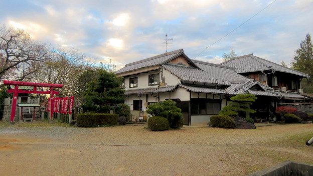 犬山善光寺 No - 19:三城稲荷と信徒会館
