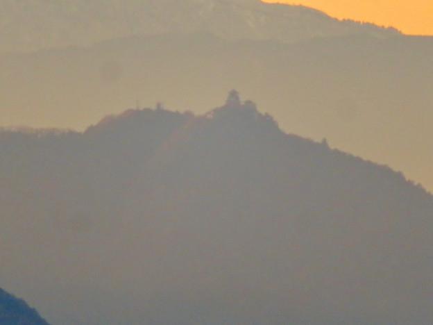 犬山善光寺の展望台から見た景色 No - 8:岐阜城・金華山