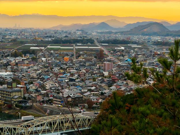 犬山善光寺の展望台から見た景色 No - 13:岐阜市方面へと伸びる道路