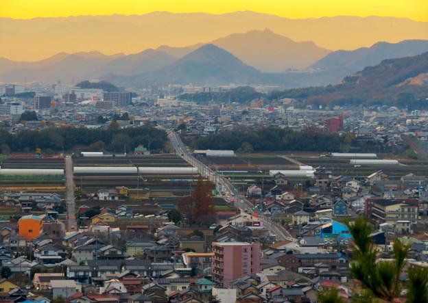 犬山善光寺の展望台から見た景色 No - 14:岐阜市方面へと伸びる道路