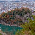 Photos: 犬山善光寺の展望台から見た景色 No - 15:鵜沼城跡の岩山