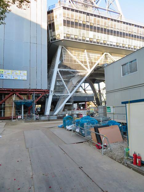 リニューアル工事中の久屋大通公園(2019年12月15日)- 3:名古屋テレビ塔