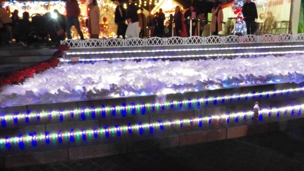 Photos: 夜の名古屋クリスマスマーケット 2019 No - 11:雪の装飾とイルミネーション
