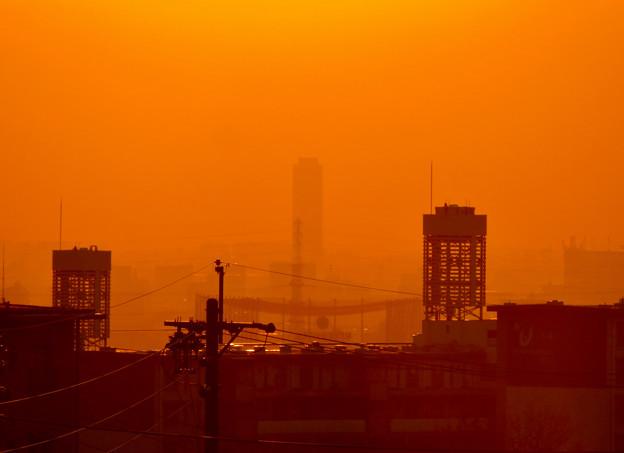 アピタ高蔵寺店から見た夕暮れ時の景色 - 3:ザ・シーン城北