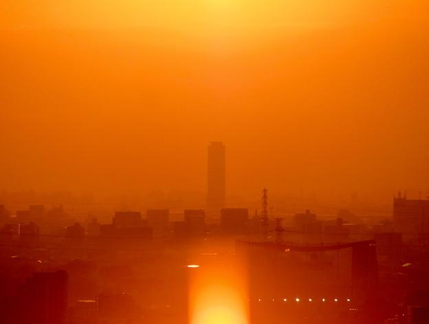 アピタ高蔵寺店から見た夕暮れ時の景色 - 4:ザ・シーン城北