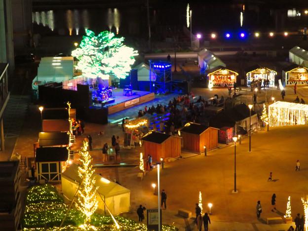 グローバルゲートから見下ろした夜の「ささしまクリスマス」会場 - 2
