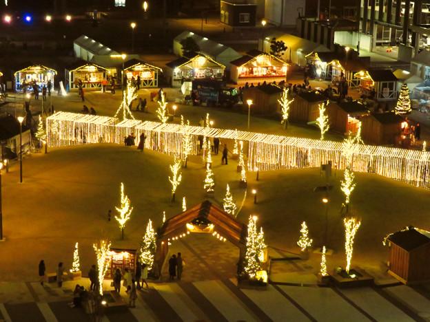 グローバルゲートから見下ろした夜の「ささしまクリスマス」会場 - 3