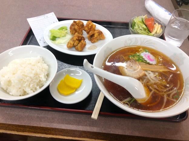 中華ファミリーレストランささかつ:ラーメン定食