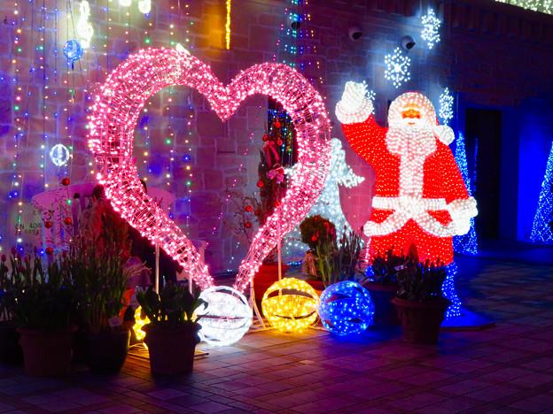 フラリエのクリスマスイルミネーション 2019:サンタとハートのイルミネーション - 2