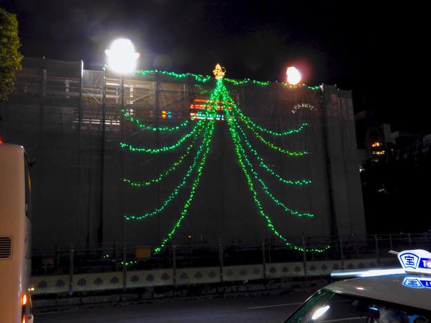 久屋大通公園の工事現場に設置されたクリスマスイルミネーション - 1