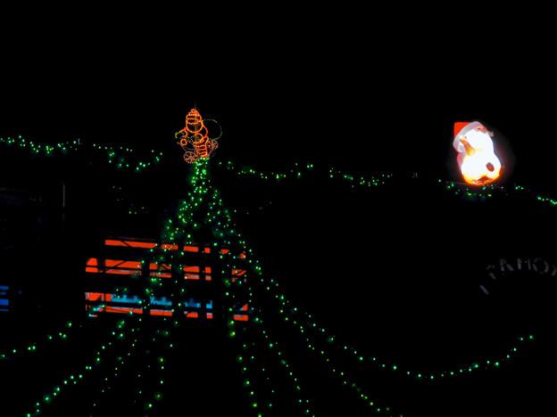 久屋大通公園の工事現場に設置されたクリスマスイルミネーション - 3