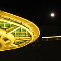 オアシス21:黄色いイルミネーション(2020年1月11日) - 3(イルミと満月)