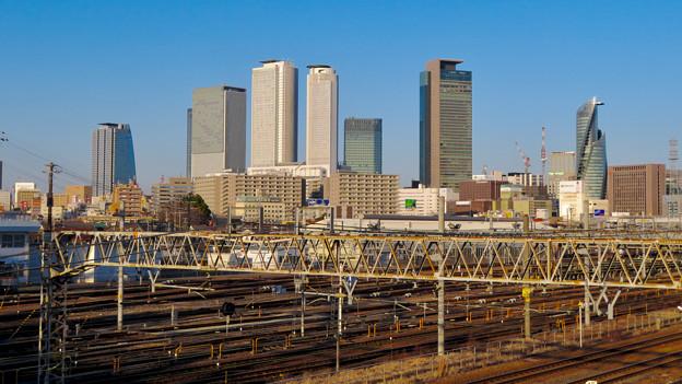 向野橋から見た名駅ビル群(2020年1月)- 1