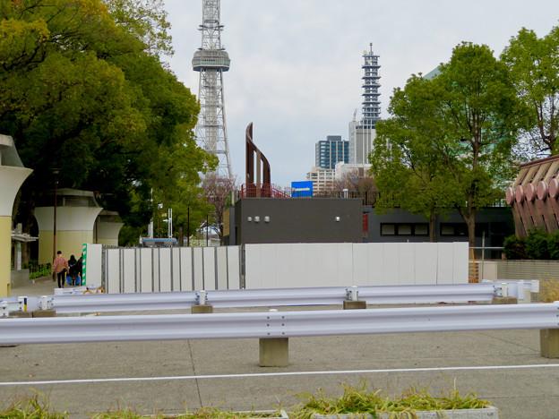 栄バスターミナル跡地に建設中の「ミツコシマエ ヒロバス」- 8