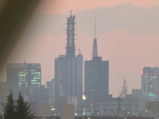 エアポート名古屋から見たNTTドコモ名古屋ビルと名古屋テレビ塔 - 1