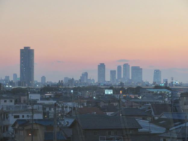 エアポート名古屋から見た夕暮れ時の名駅ビル群 - 1