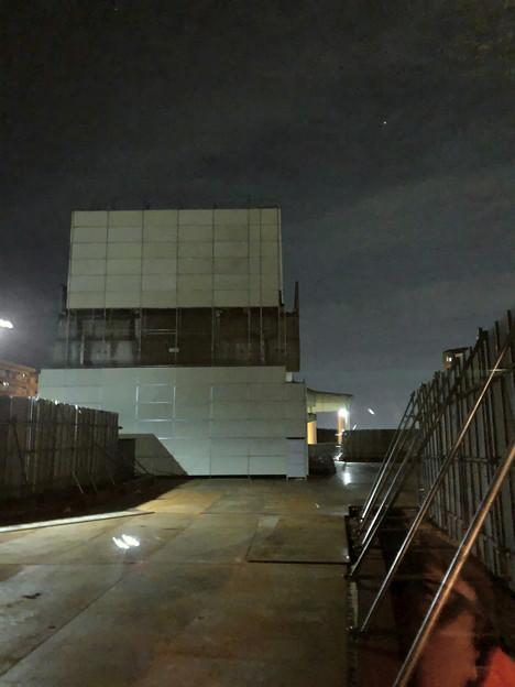 桃花台線の桃花台東駅撤去工事(2020年1月24日):ホーム部分も覆われる - 7