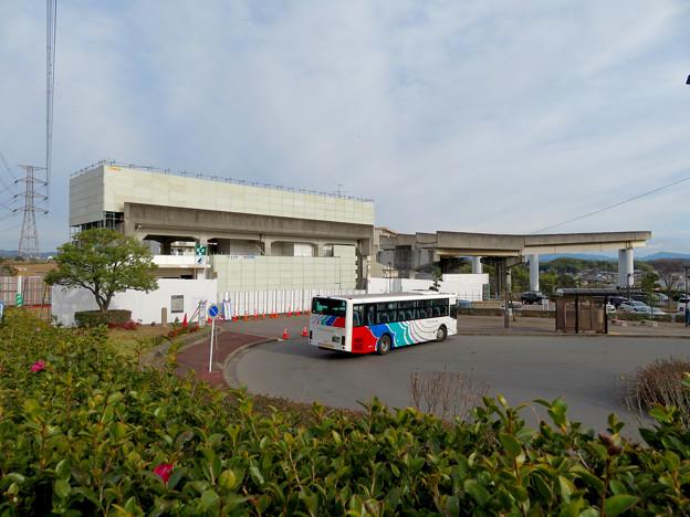 桃花台線の桃花台東駅撤去工事(2020年1月25日):ホーム部分も覆われる - 7