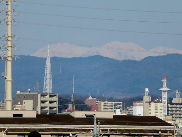 笠寺公園から見えた瀬戸デジタルタワーと雪を頂く山脈 - 5
