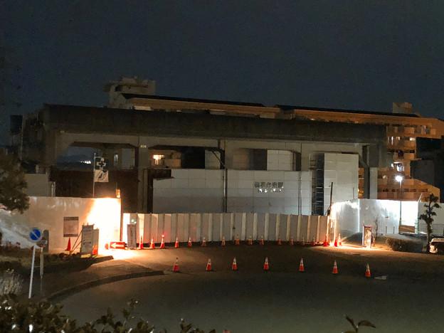 桃花台線の桃花台東駅撤去工事(2020年2月7日) - 3:駅舎上部のホーム部分が撤去
