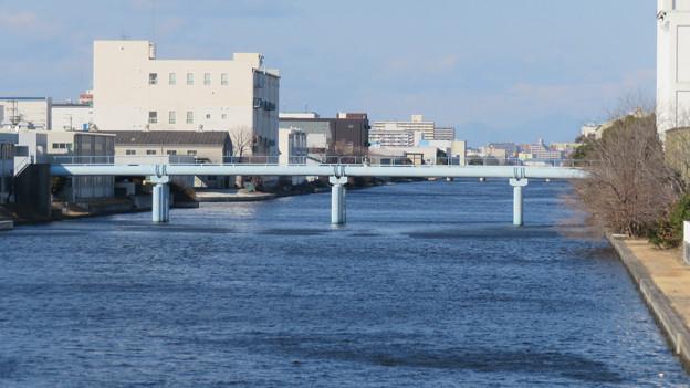 中川運河の東海橋から見た水道橋? - 1