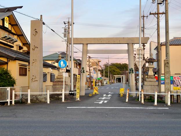白山神社 - 61:県道102号名古屋犬山線沿いにある鳥居