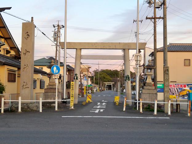 白山神社 - 62:県道102号名古屋犬山線沿いにある鳥居