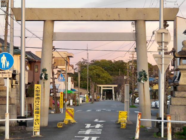 白山神社 - 63:県道102号名古屋犬山線沿いにある鳥居