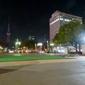 Photos: 一昨日オープンしたばかりの「ミツコシマエヒロバス」(夜) - 4:広場