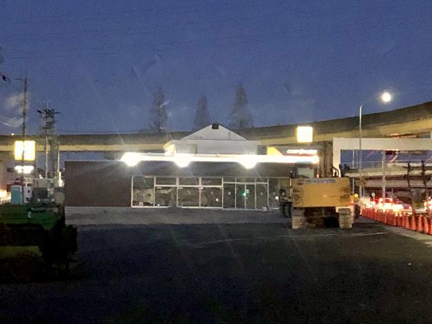 ファミリーマート小牧上末東店の建物が移転 - 2