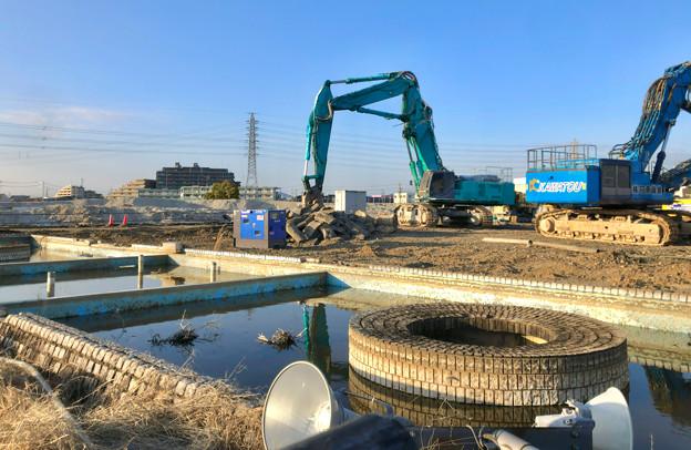 解体工事中(?)のザ・モール春日井(2020年3月13日) - 1