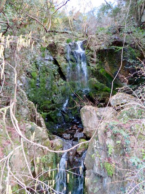 庄内川沿いにある恵幸の滝 - 1