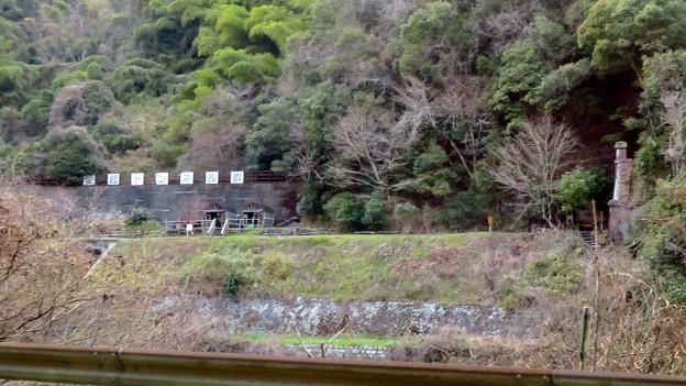 県道15号名古屋多治見線沿いから見た愛岐トンネル群 - 4