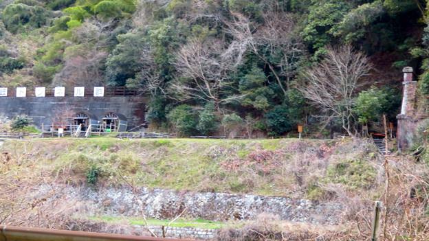 県道15号名古屋多治見線沿いから見た愛岐トンネル群 - 5