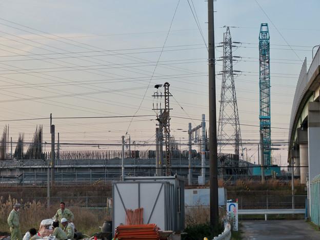 真横から見た建設中のリニア中央新幹線 神領非常口(2020年3月26日)