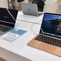 Photos: Macbook Air 2020年モデル - 2:2019年モデルとの比較