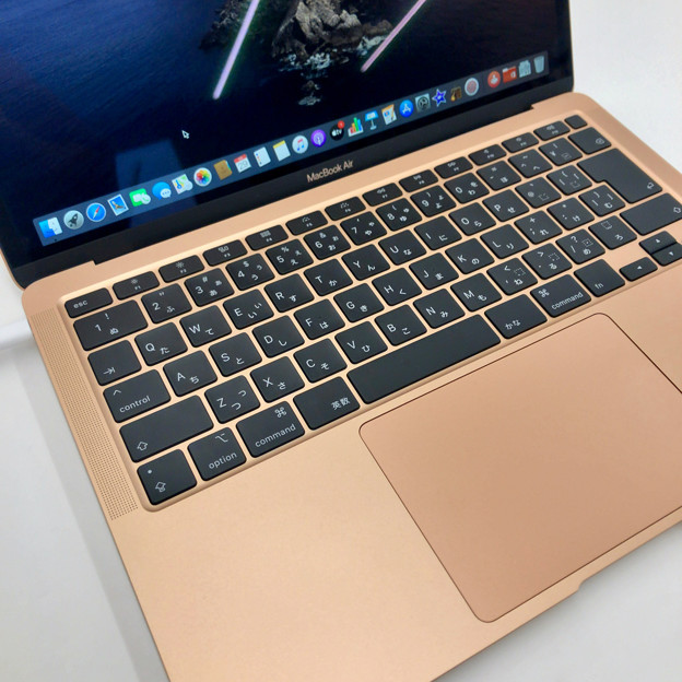 Macbook Air 2020年モデル - 4:改良されたキーボード